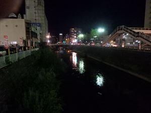 川反の夜はふけていく