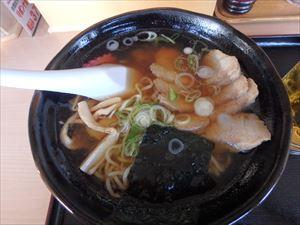 すっきり味の醤油チャーシュー麺