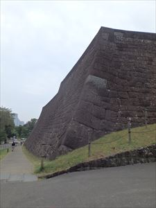 仙台城(青葉城)の大きな石垣