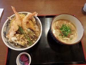 「たんた家」のカレーうどん・上天丼セット 美味い!