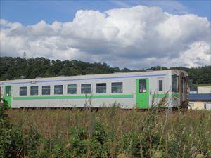 普通列車が通過 一両でも列車?