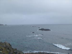 島の北端の荒々しい海