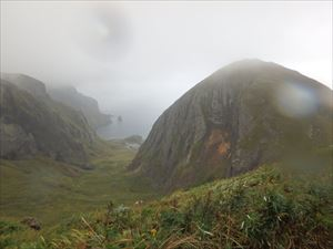 雨の桃岩展望台