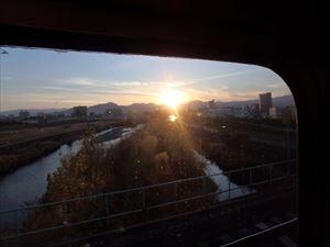 列車から札幌の夕日が きれいに見えた