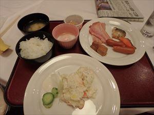 朝食をしっかり食べて 運動に備える