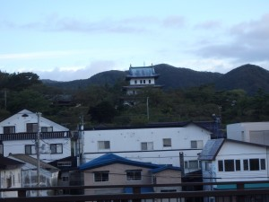 山手に松前城 小さくてかわいい