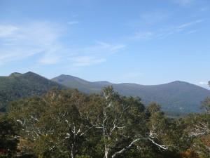 目国内岳方面の山々が きれいに見えた