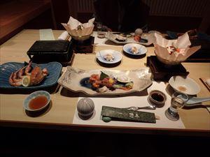 おいしい料理に舌鼓 日本酒がすすんだ