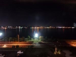 きれいな宍道湖の夜景