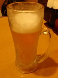 生ビールが冷たくて うまい!