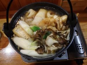 おいしい鍋に ついお酒がすすむ 中島の夜でした 外は寒かった!