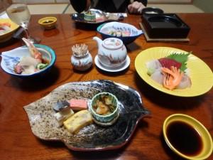 中島で和食をいただく 残さず食べましょうねえ