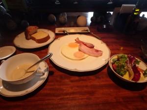 おいしい朝食に満足! 太るなあ