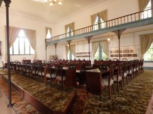 豪華な旧議事堂