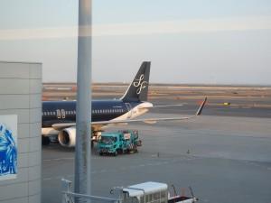 黒い機体は新型か