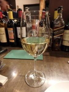 白ワインが食欲をそそる