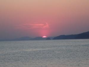 二見浦に日が昇る 感動的