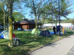 キャンプしている人もいた ビックリ、寒かったでしょう