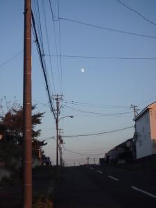 月が見えた