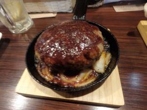 なかなかおいしい 黄金豚のハンバーグ