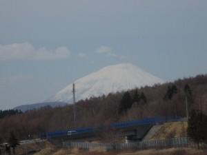 真っ白な羊蹄山