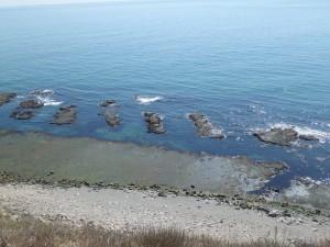 変わった形の岩が並ぶ