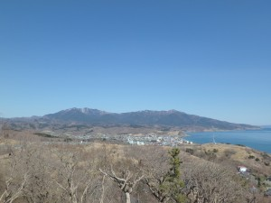 右端がアポイ岳