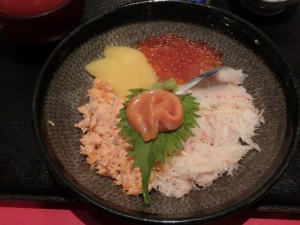 北海道で海鮮丼