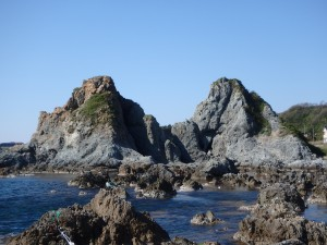 大きな夫婦岩 客は数組