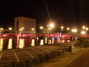観光名所の幣舞橋