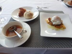 おいしい朝食に おなか一杯
