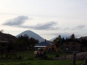 喜茂別から尻別岳と羊蹄山