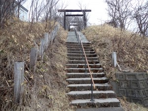 階段を上る 人はいない
