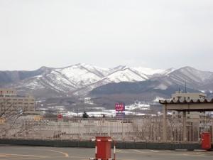 スーパーの屋上から 伊達紋別岳