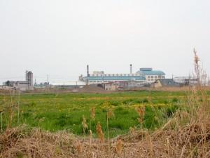 大きな工場
