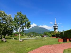 羊蹄山と有島記念館