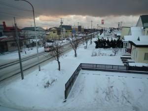 朝の雪かきは3日目
