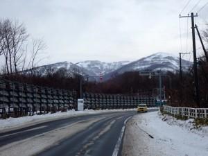 右端が室蘭岳